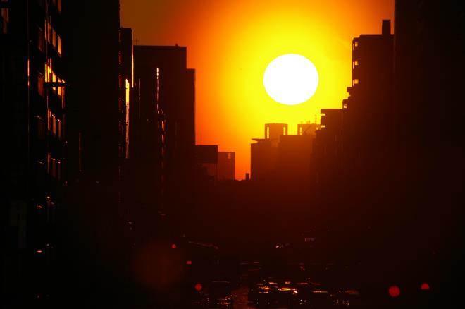 歩道橋からの夕陽②
