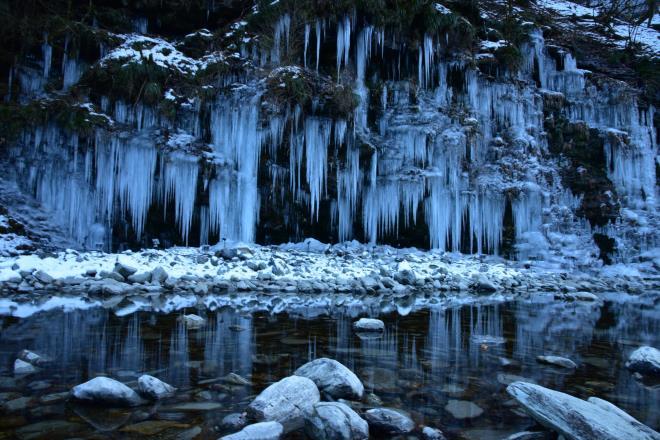 天然の氷柱です