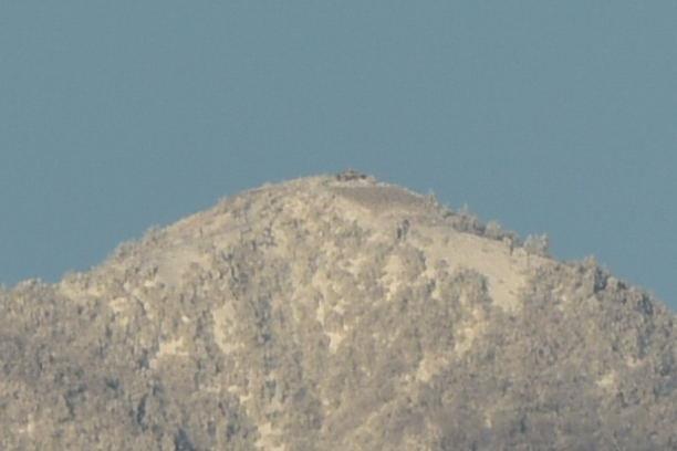 山頂にある蛭ヶ岳山荘では.JPG