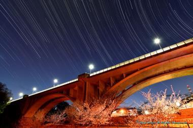 橋と眺める星たち
